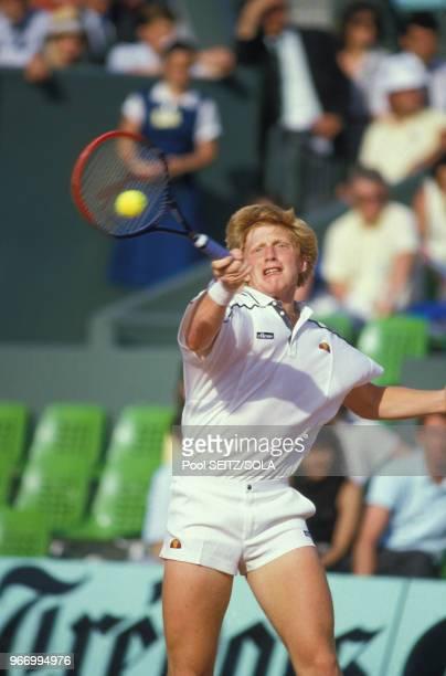 Boris Becker lors des Internationaux de France de tennis à RolandGarros le 26 mai 1986 à Paris France