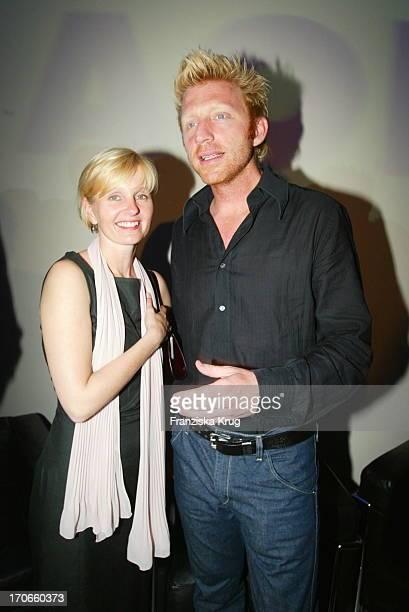 Boris Becker Und Aol Deutschland Geschäftsführerin Nicola Söhlke Bei Aol Media Night In Berlin 100702