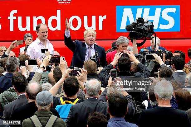 Boris Johnson MP Labour MP Gisela Stuart and UKIP MP Douglas Carswell address the people of Stafford in Market Square during the Vote Leave Brexit...