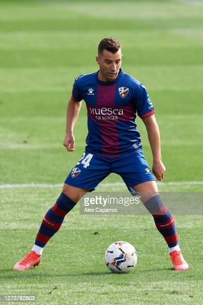 Borja Garcia of SD Huesca controls the ball during the La Liga Santander match between SD Huesca and Cadiz CF at Estadio El Alcoraz on September 20...