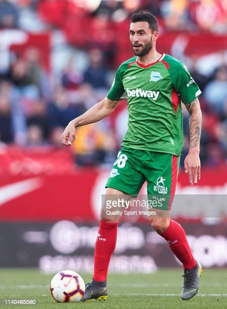 Borja Gonzalez of Deportivo Alaves in action during the La Liga match between Sevilla FC and Deportivo Alaves at Estadio Ramon Sanchez Pizjuan on...