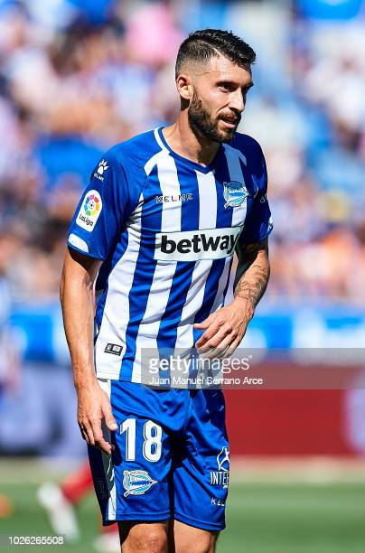 Borja Gonzalez of Deportivo Alaves reacts during the La Liga match between Deportivo Alaves and RCD Espanyol at Estadio de Mendizorroza on September...