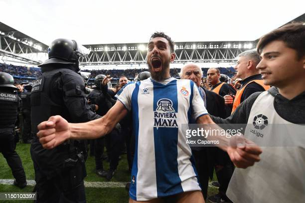 Borja Iglesias of RCD Espanyol celebrates winning a UEFA Europa League position next season at the end of the La Liga match between RCD Espanyol and...