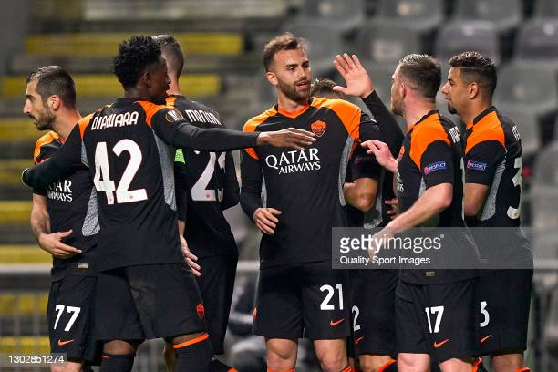 Borja Mayoral of AS Roma celebrates with his team mates after scoring his team's second goal during the UEFA Europa League Round of 32 match between...