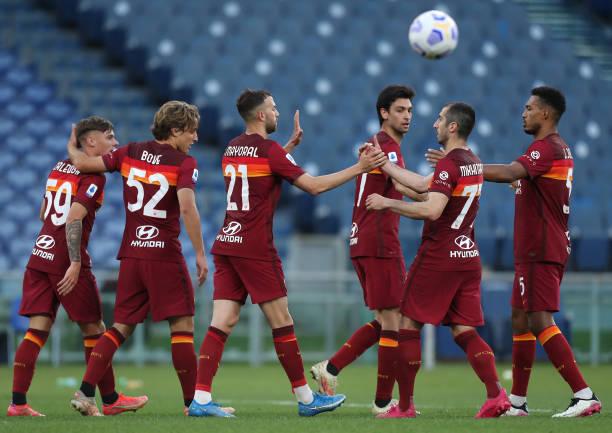 ITA: AS Roma  v FC Crotone - Serie A