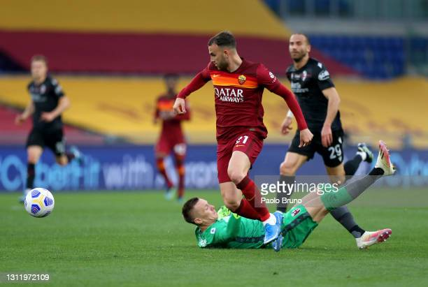 Borja Mayoral of A.S Roma scores their side's first goal past Lukasz Skorupski of Bologna F.C. 1909 during the Serie A match between AS Roma and...