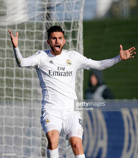 Borja Mayoral of Real Madrid CF reacts during the UEFA Youth League quarterfinal match between Real Madrid CF and SL Benfica at Estadio Alfredo Di...
