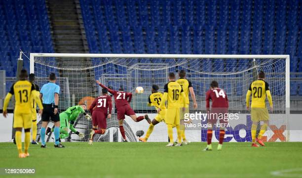 Borja Mayoral of Roma scores their team's first goal during the UEFA Europa League Group A stage match between AS Roma and BSC Young Boys at Stadio...