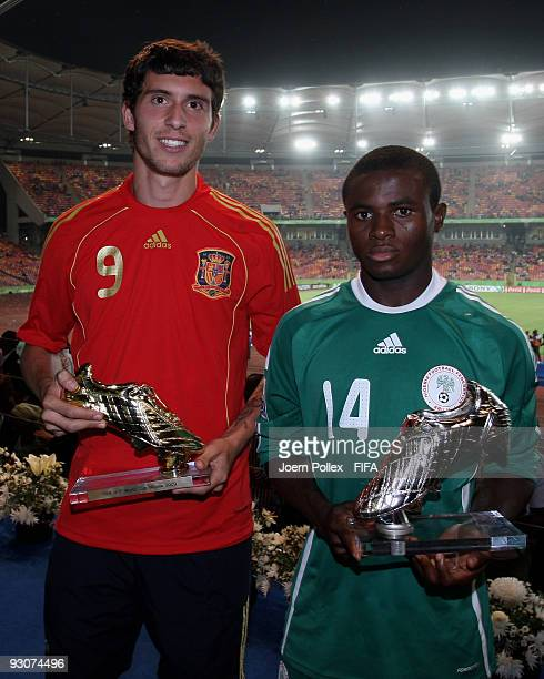 Borja of Spain and Sani Emmanuel of Nigeria pose with the Shoe Trophies after the FIFA U17 World Cup Final between Switzerland and Nigeria at the...