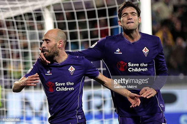 Borja Valero of ACF Fiorentina celebrates after scoring a goal during the Serie A match between ACF Fiorentina and FC Internazionale Milano at Stadio...