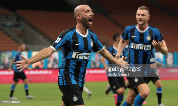 Borja Valero of FC Internazionale celebrates his goal during the Serie A match between FC Internazionale and US Sassuolo at Stadio Giuseppe Meazza on...