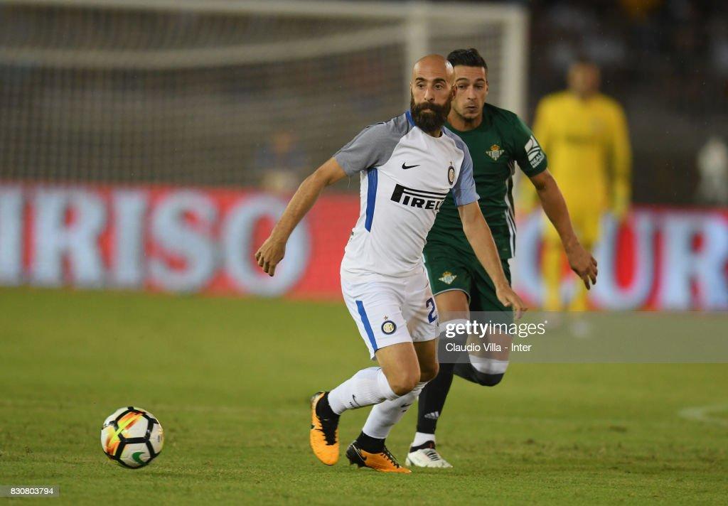 FC Internazionale v Real Betis - Pre-Season Friendly : Foto di attualità