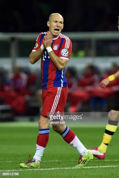 FUSSBALL DFB Borussia Dortmund FC Bayern Muenchen Arjen Robben