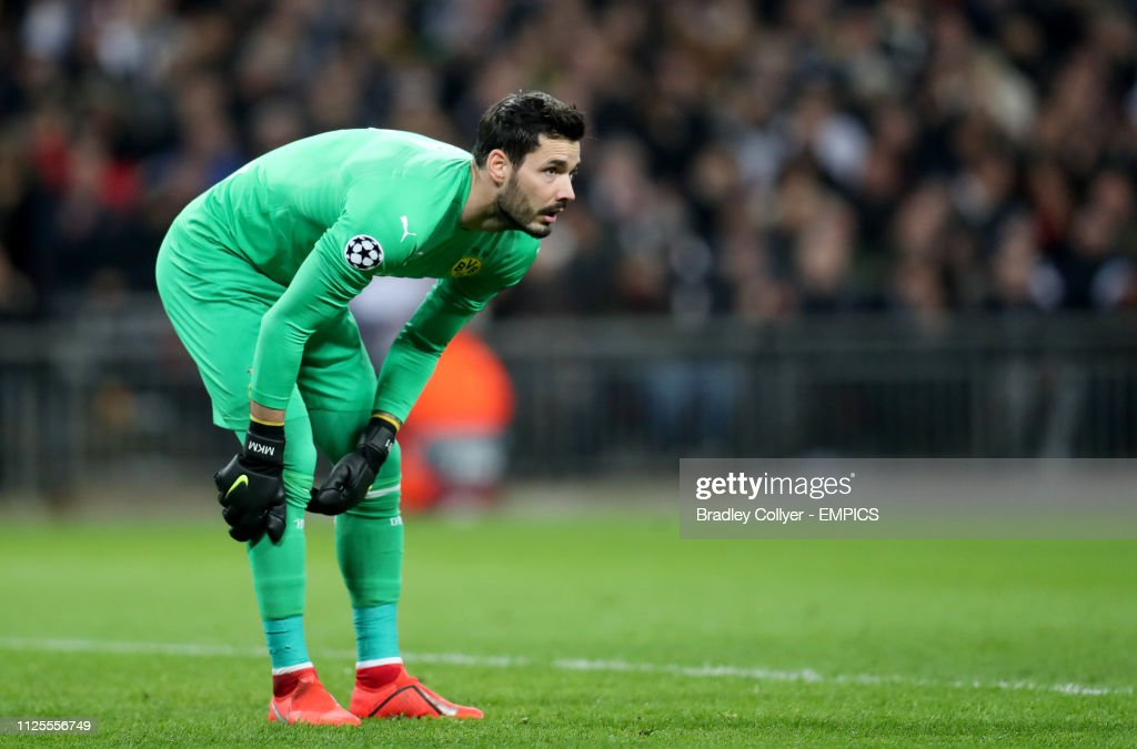 8d5406566 Tottenham Hotspur v Borussia Dortmund - UEFA Champions League Round of  Sixteen - First Leg -