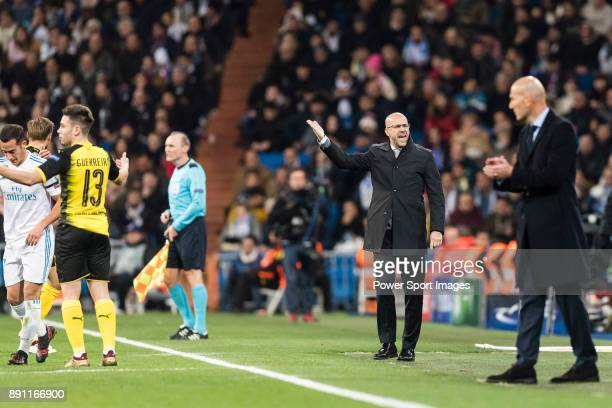 Borussia Dortmund Head Coach Peter Bosz gestures during the Europe Champions League 201718 match between Real Madrid and Borussia Dortmund at...