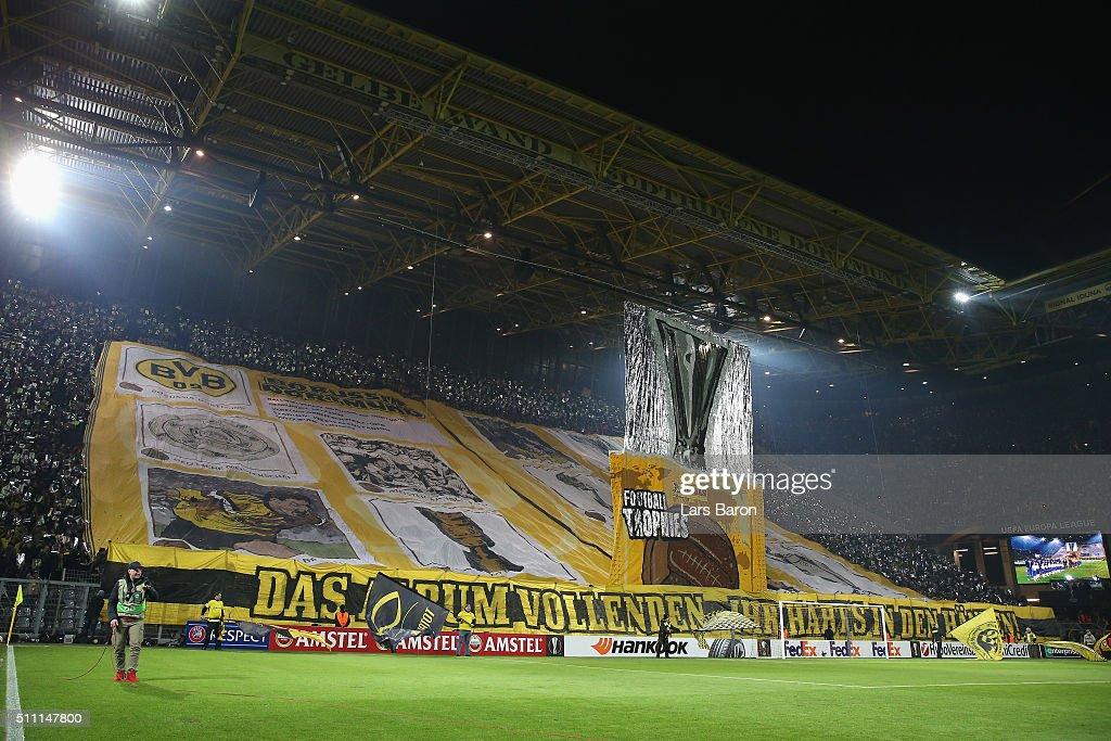 Borussia Dortmund v FC Porto - UEFA Europa League Round of 32: First Leg : News Photo