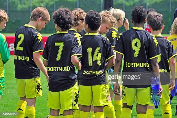 Borussia Dortmund wartet auf den Spielbeginn Mini Masters