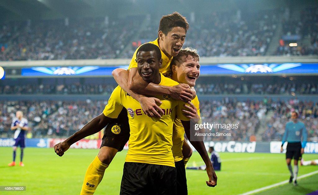 RSC Anderlecht v Borussia Dortmund - UEFA Champions League : News Photo