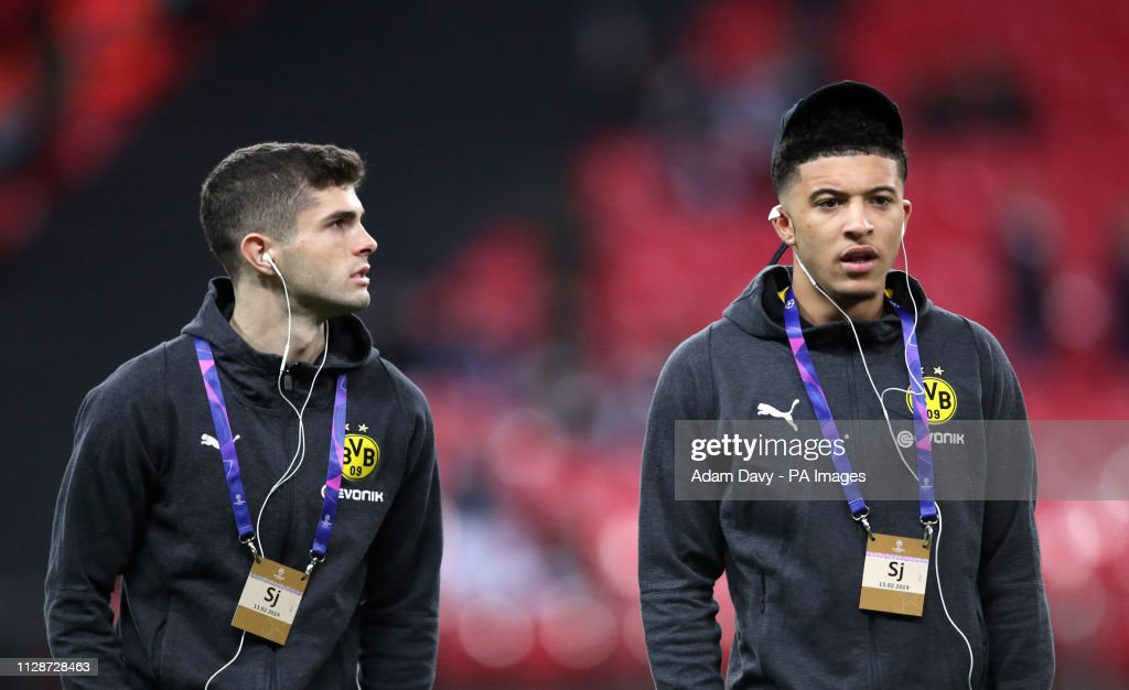 Tottenham Hotspur v Borussia Dortmund - UEFA Champions League - Round of 16 - First Leg - Wembley Stadium : News Photo