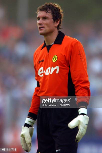Borussia Dortmund's goalkeeper Jens Lehmann