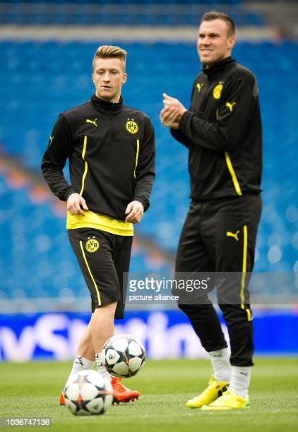 Borussia Dortmund's Marco Reus and Kevin Grosskreutz trains at Estadio Santiago Bernabeu in Madrid, Spain, 01 April 2014. Borussia Dortmund will face...