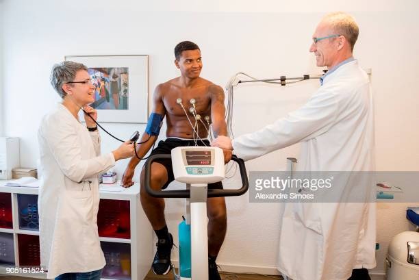 Borussia Dortmund's new player Manuel Akanji undergoes medical tests in Dortmund with Dr med Martin Goehr und Dr med Hiltrud Schneider on January 14...