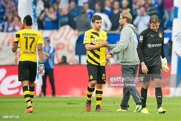 Borussia Dortmund's PierreEmerick Aubameyang head coach Juergen Klopp with his player Sokratis Papastathopoulos and goal keeper Roman Weidenfeller...