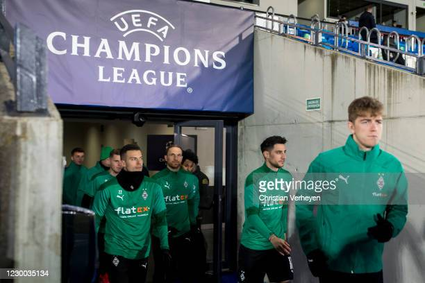 Borussia Moenchengladbach players enter the pitch before the Group B - UEFA Champions League match between Real Madrid and Borussia Moenchengladbach...