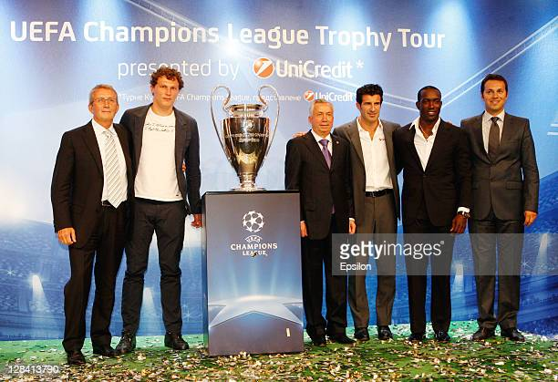 Borys Tymonkin CEO of the UniCredit Bank Andriy Pyatov UniCredit Bank Ambassador for Trophy Tour in Ukraine Donetsk mayor Alexander Lukyanchenko Luis...