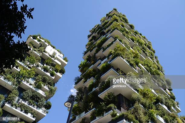 bosco verticale apartments, milano - microclimate stock pictures, royalty-free photos & images