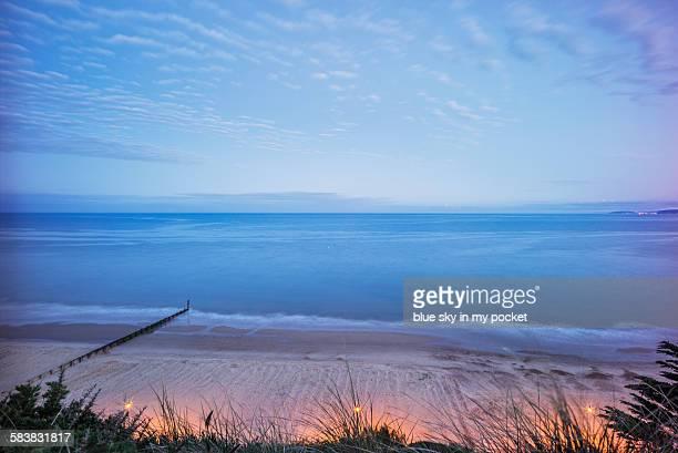 boscombe cliffs and beach - ボスコム ストックフォトと画像
