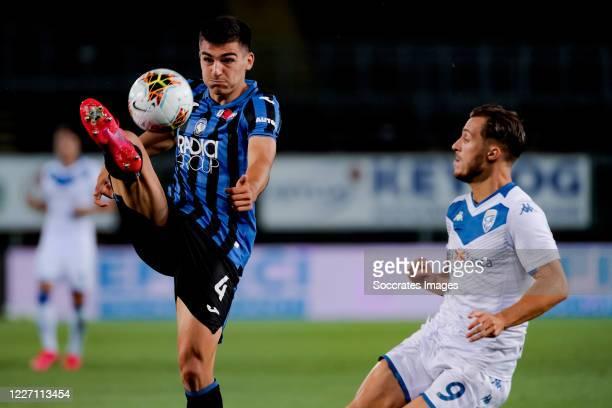 Bosko Sutalo of Atalanta Bergamo Alfredo Donnarumma of Brescia during the Italian Serie A match between Atalanta Bergamo v Brescia at the Stadio...