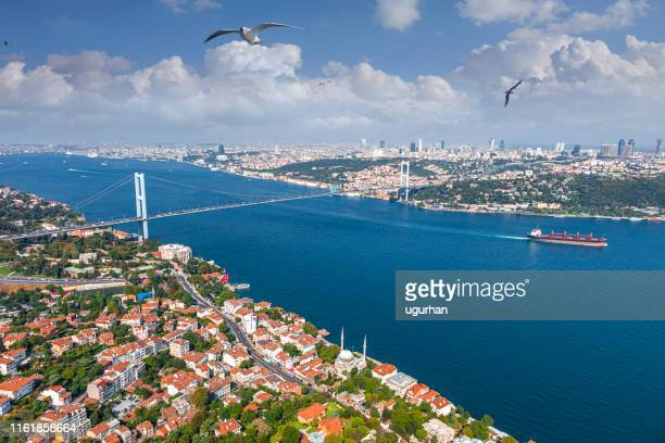 bosphorus bridge in i̇stanbul - straits stock pictures, royalty-free photos & images
