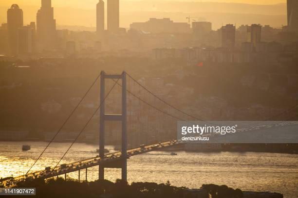 bosphorus istanbul - contemporary istanbul foto e immagini stock
