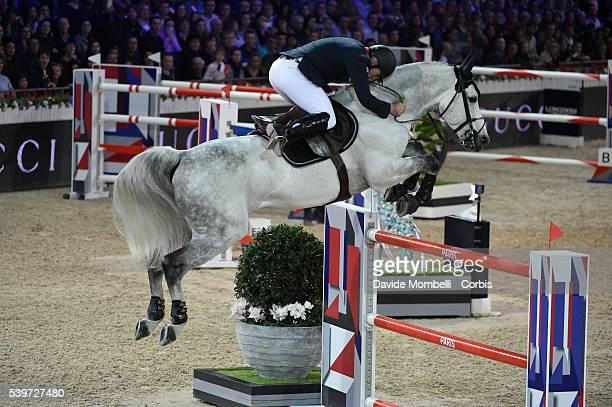 Bost Roger Yves Pegase du Murier durin the Longines Grand Prix CSI5* Paris 2015