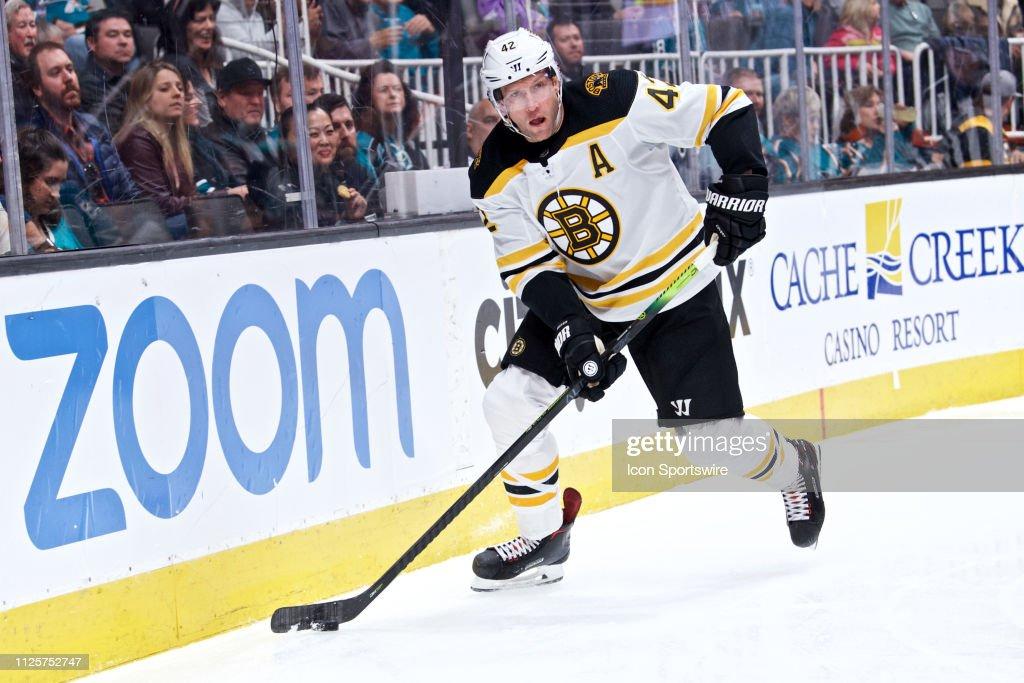 NHL: FEB 18 Bruins at Sharks : News Photo