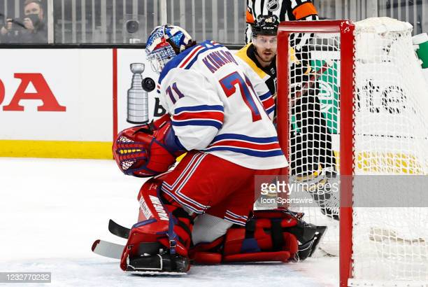 Boston Bruins center David Krejci watches New York Rangers goalie Keith Kinkaid stop his shot during a game between the Boston Bruins and the New...