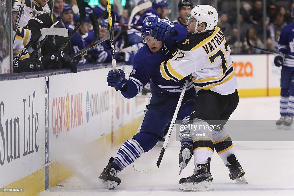 Toronto Maple Leafs fall to the Boston Bruins 3-1 : News Photo