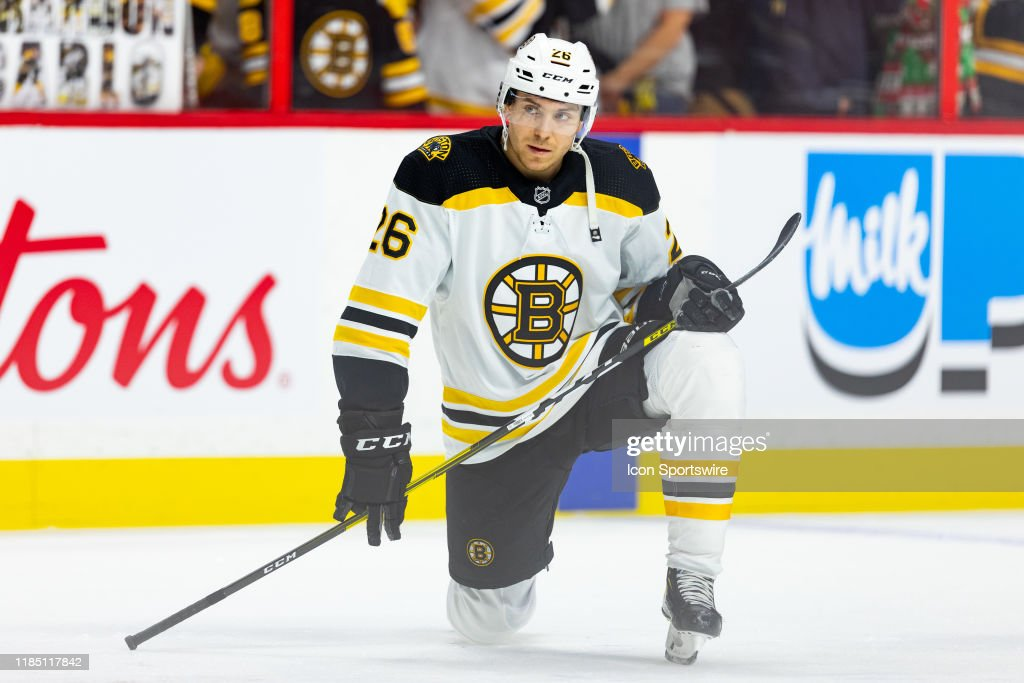 NHL: NOV 27 Bruins at Senators : News Photo