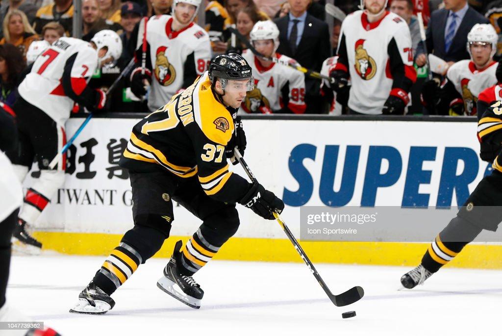 NHL: OCT 08 Senators at Bruins : News Photo