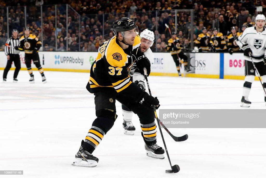 NHL: FEB 09 Kings at Bruins : News Photo