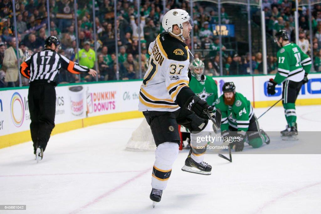 NHL: FEB 26 Bruins at Stars : News Photo