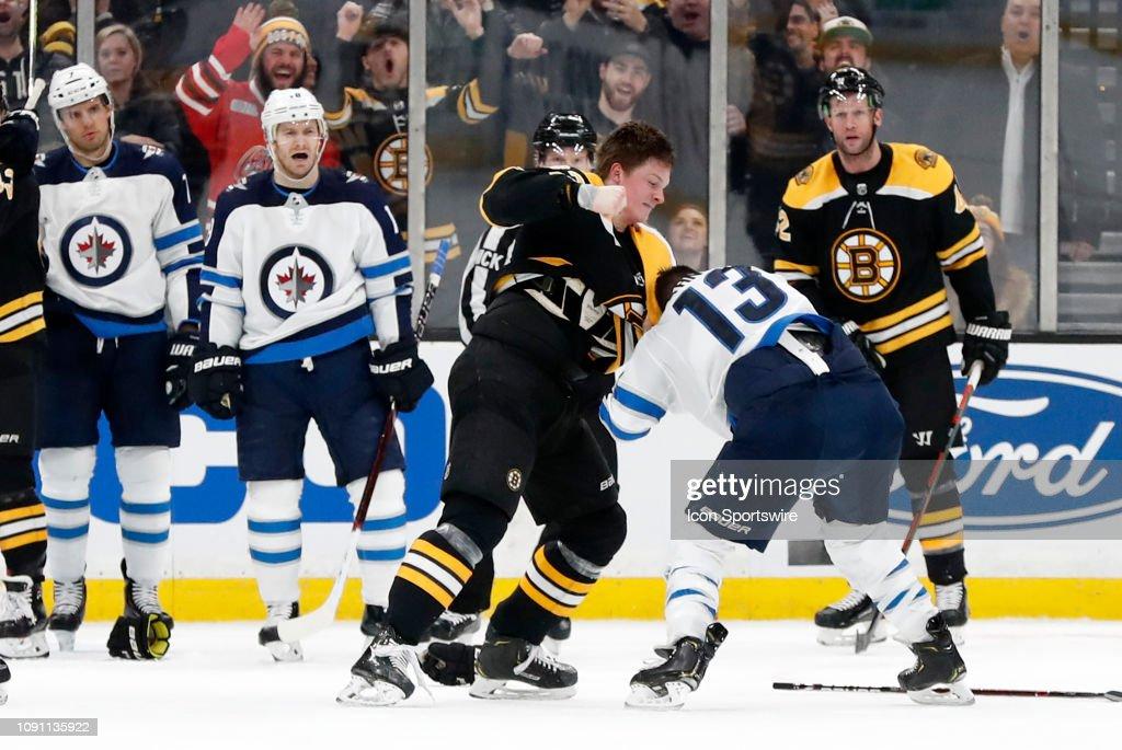 NHL: JAN 29 Jets at Bruins : News Photo