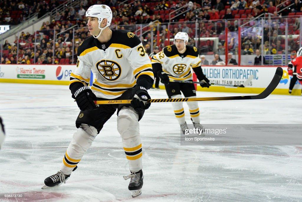NHL: MAR 13 Bruins at Hurricanes : News Photo