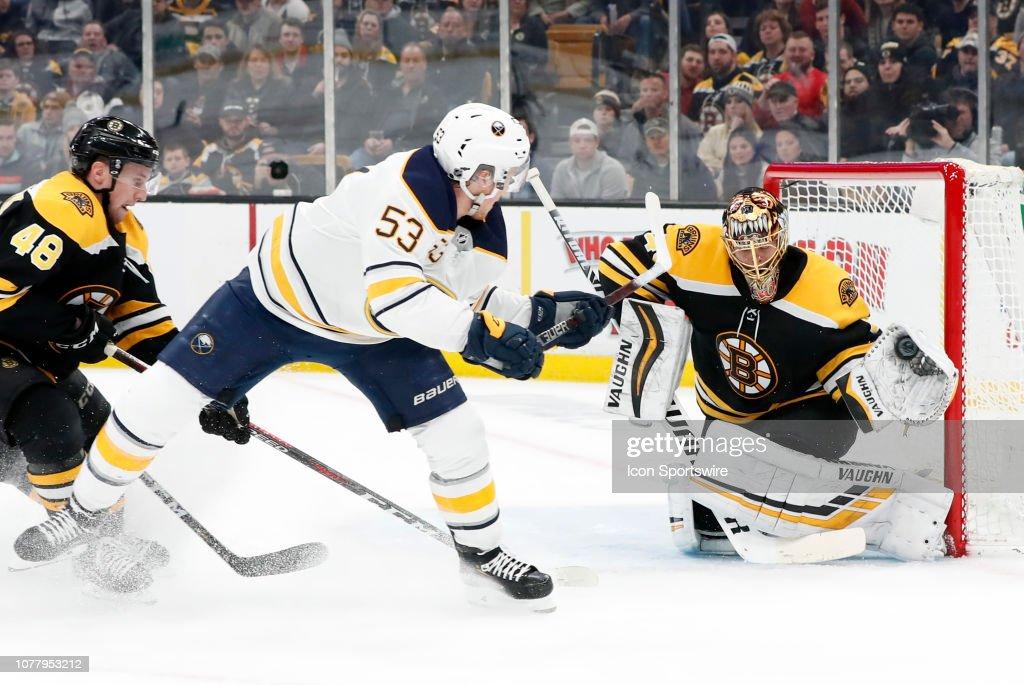 NHL: JAN 05 Sabres at Bruins : News Photo
