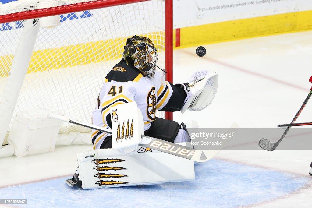 NHL: MAY 04 Bruins at Devils : News Photo