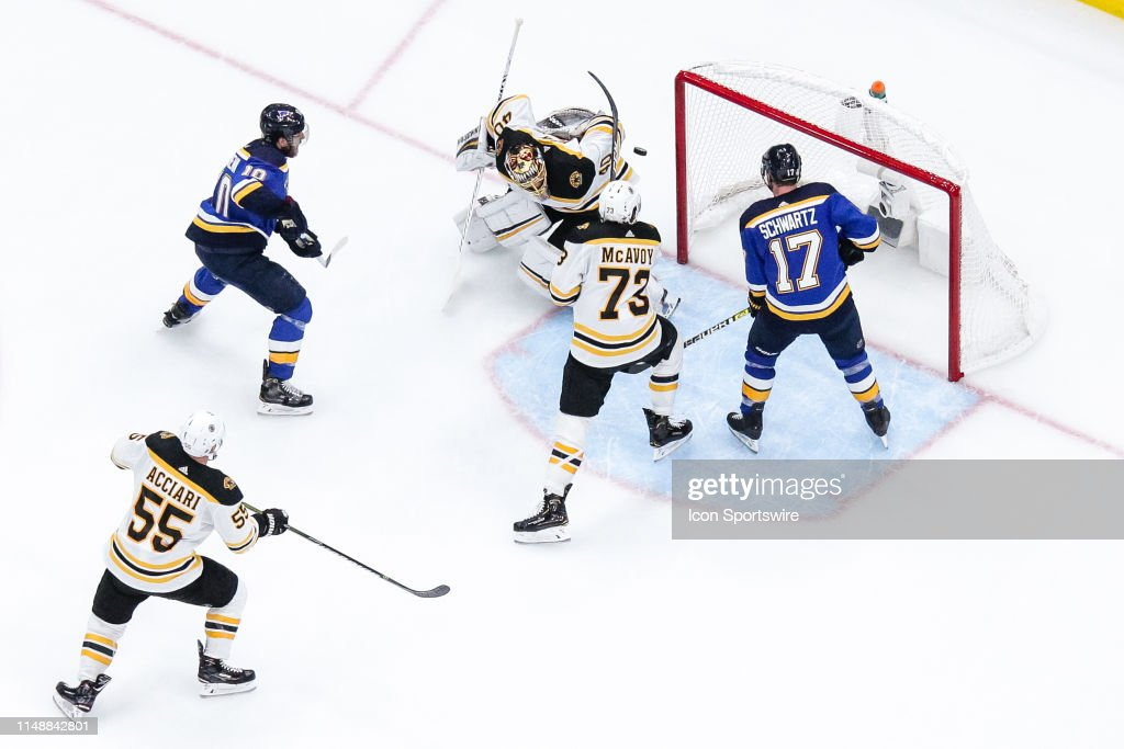 NHL: JUN 09 Stanley Cup Final - Bruins at Blues : News Photo