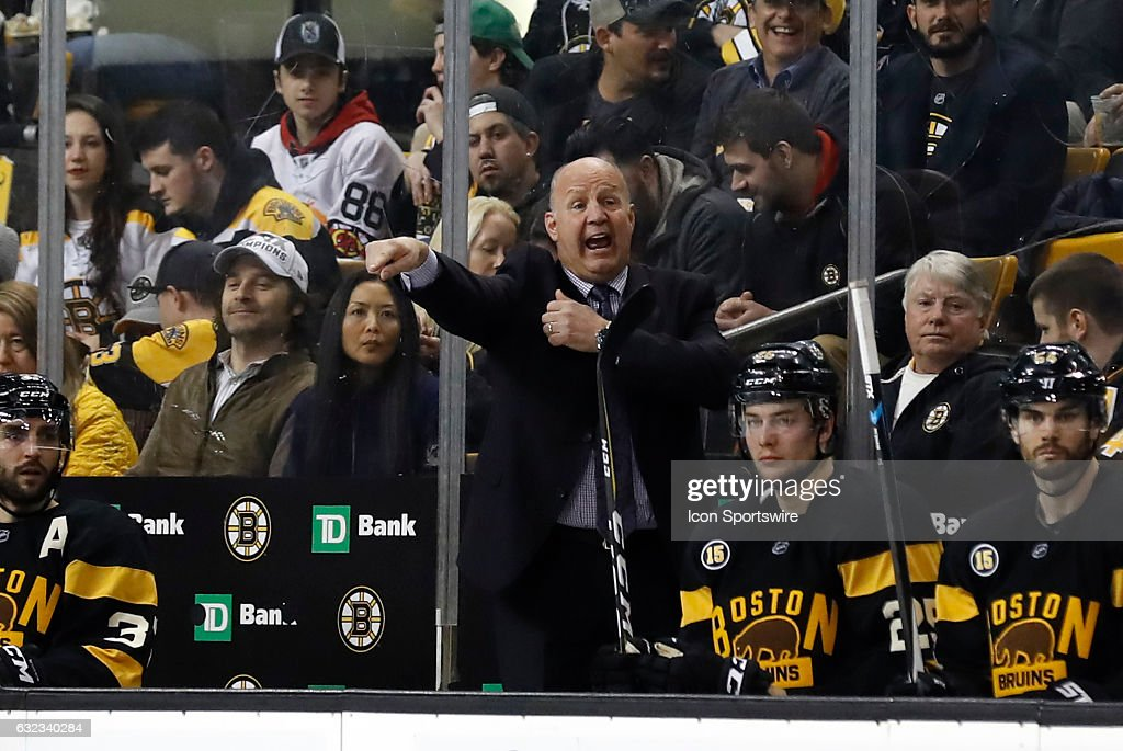 NHL: JAN 20 Blackhawks at Bruins : News Photo