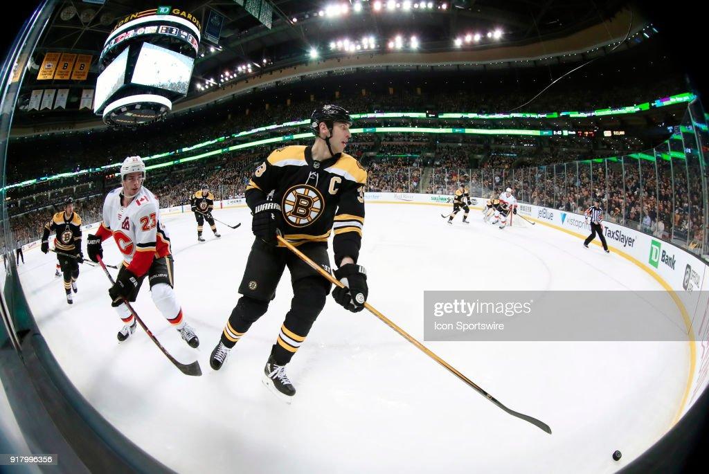 NHL: FEB 13 Flames at Bruins : News Photo