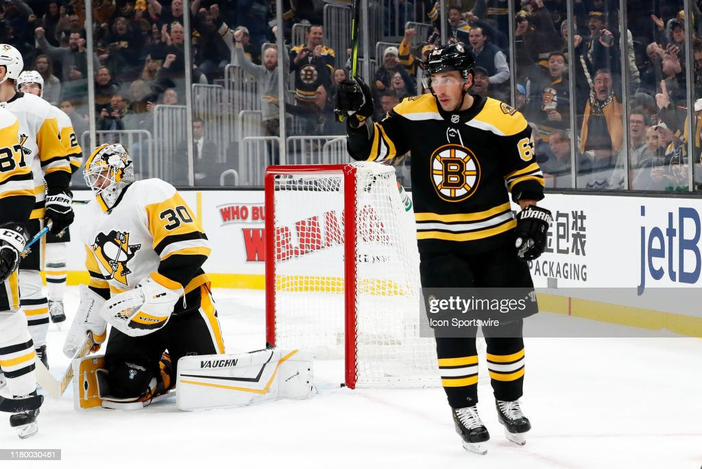 NHL: NOV 04 Penguins at Bruins : News Photo